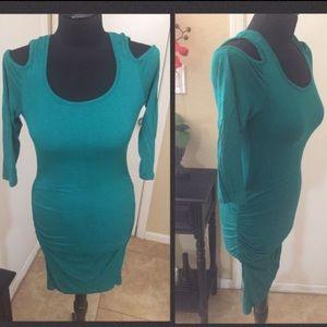 VENUS Emerald green Midi dress